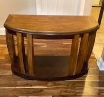 Rich Two-Tone Console/Entryway Table