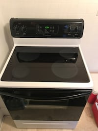 Electric Stove - Frigidaire Glass Top Carneys Point Township
