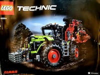 Lego Technic : Claas Xerion 5000 Trac Vac Maple Ridge, V4R 2V2