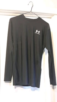 Boy's/ Youth's Under Armour Shirt  London, N6B 1E1