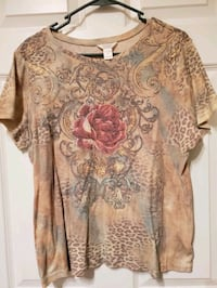 Tshirt by Christopher & Banks Bellevue, 68005