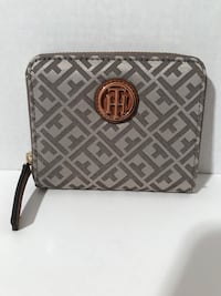 New Tommy Hilfiger Wallet (Grey) Milton, L9T 4K1