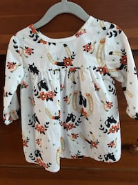 ***Never wore*** 2T  (2 piece set) girls fall outfit California