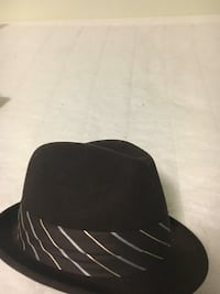 black and white fitted cap Midlothian, 23112