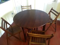 Folding dinning table with 4 folding chairs