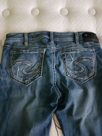 Silver jeans brand new I have 3 pairs side 34 Barrie, L4M 7B2