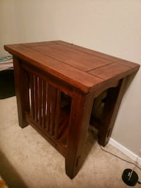 Solid wood side table Las Vegas, 89183