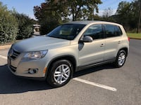 2011 Volkswagen Tiguan S 4Motion AWD, 1 Owner, Warranty Robesonia, 19551
