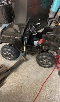 Brand new Kids electric jeep with remote Sioux Falls, 57104