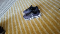 Sneakers boy shoes size 4y  Silver Spring, 20904