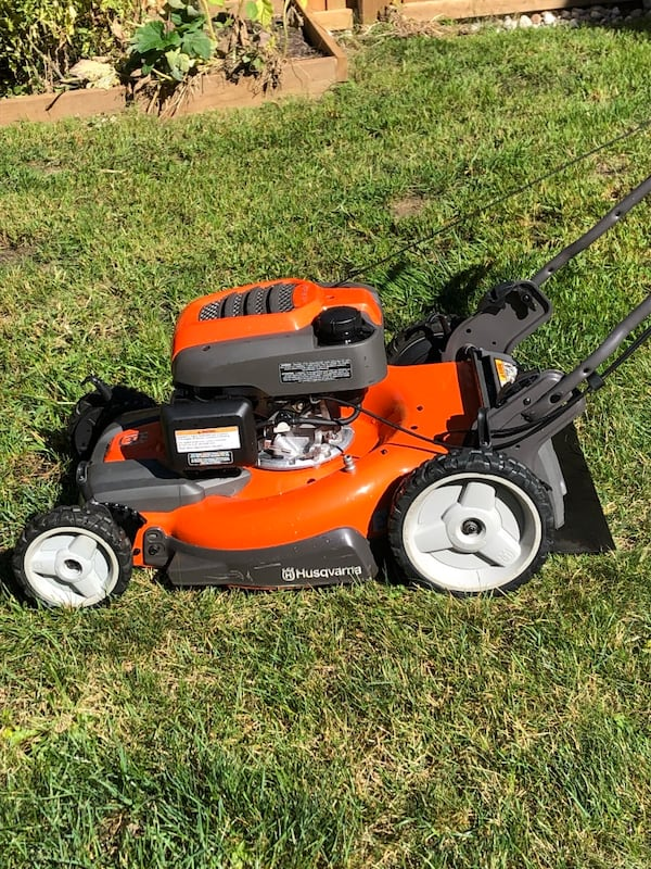 Honda husqvarna awd lawnmower 1