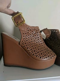 Madden Girl cut out detail wedges, 6.5 Lakewood, 90712
