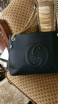 black gucci leather handbag Mississauga, L5W 1P1