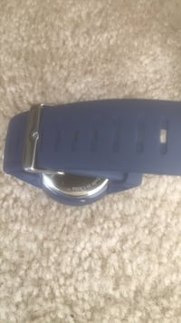 blue and gray Samsung Gear VR 27 km