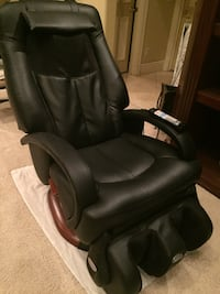 black leather office rolling chair Las Vegas, 89102