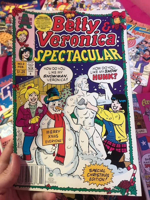 Big lot of old, rare, betty & Veronica and Archie comic books! 1ae6bc94-6283-4ef7-b3db-009442221216