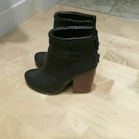 pair of black real leather boots Burnaby, V5C 1X5