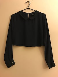Cropped navy blue blouse Surrey, V3T 5V2