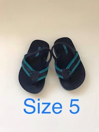 pair of black-and-blue flip flops 2272 mi