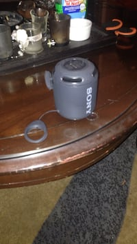 Sony bass Bluetooth speaker  Oakville, L6H