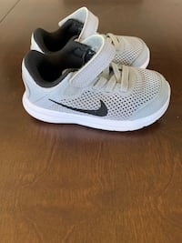 Nike shoes toddler size 7 Ewa Gentry, 96706