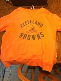 Woman's orange Cleveland Browns hoodie Hinckley, 44233