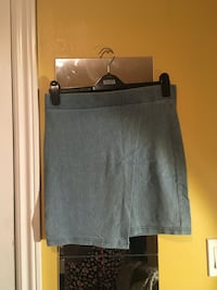 F21 DENIM COTTON SKIRT SZ L Surrey, V3R 4J2