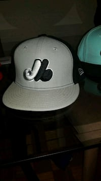 white and black fitted cap Montréal, H3X 1V4