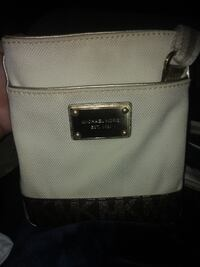 Michael Kors small cross body purse Burlington