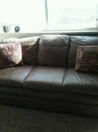 brown leather 3-seat sofa Coopersville, 49404