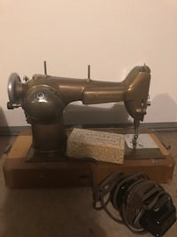 Antique Westinghouse Sewing Machine Woodbine, 21797