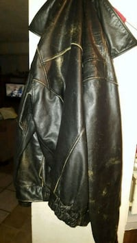 Cambridge leather coat Spokane Valley, 99016