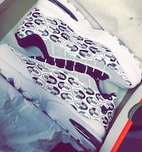 Black & white airmax size 6 in boys Schenectady, 12307