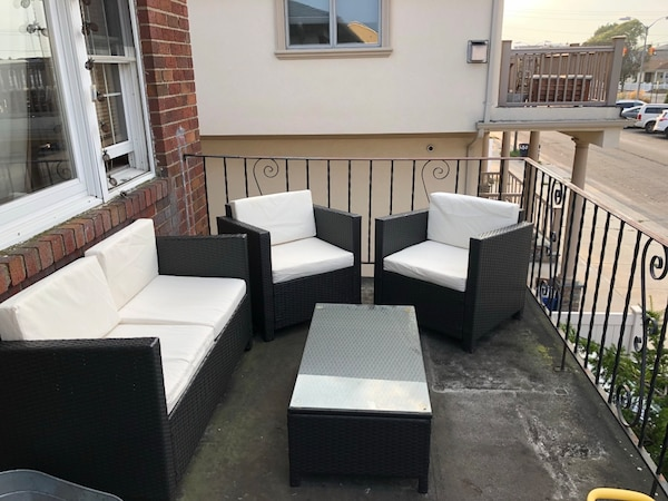 One Year Old Outdoor Furniture Set Couch Two Chairs And Gl Table