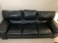 Black leather couch Fairfax, 22033