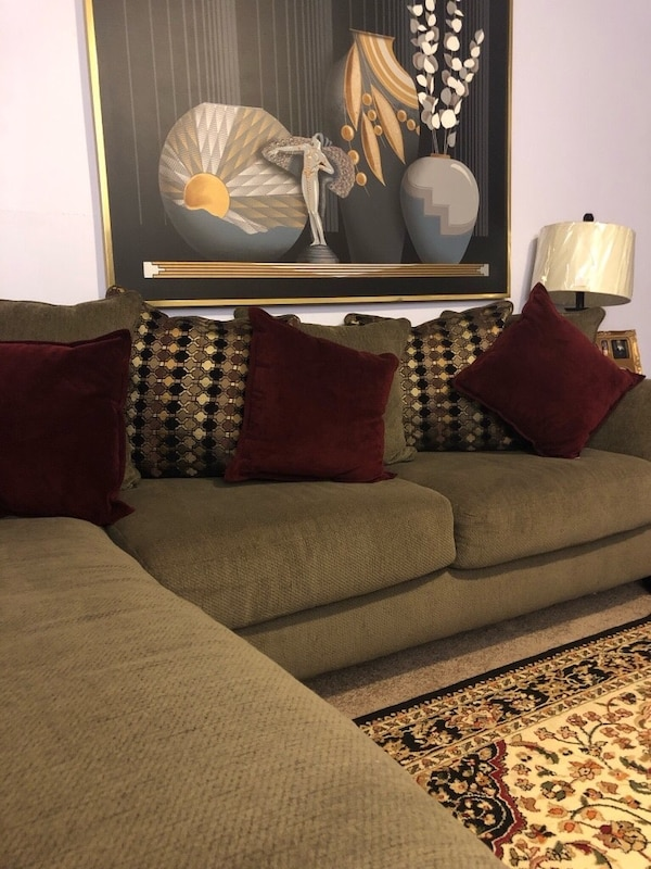 Sectional Sofa End Tables Coffee Table And Lamps All Included