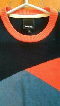 Mens Size Small Bench Sweater Excellent Condition London