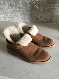 Ugg ankle boots  Toronto, M6N 4P9
