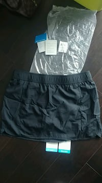 New Medium- Skort by Columbia eith omni-wick tech. Toronto