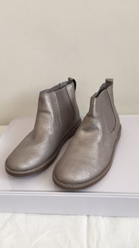 New! Lands' End Warm Silver Shimmer Girl/Women's Chelsea 4?Boot/Bootie Santa Monica, 90403