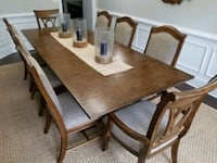 Dining Room Table and Chairs Sterrett, 35147