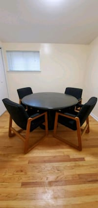 Solid oak kitchen table and chairs Livonia, 48150
