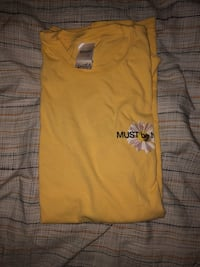 yellow crew-neck shirt Silver Spring, 20910