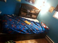 blue and red bed sheet 811 km