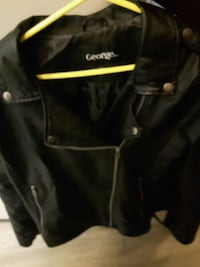 black leather zip-up jacket Hamilton, L8P