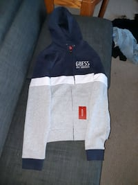 Brand New Guess Sweater Edmonton, T6K 3M7