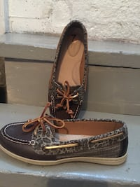 Women shoes sperry brand new. Size 37