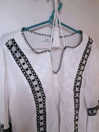 ladies  blouse ,looks  great  with  jeans! St. Catharines, L2M 4G1