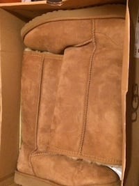 brown suede side-zip boots