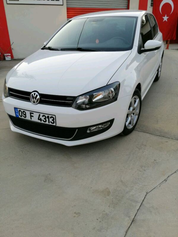 2013 Volkswagen Polo 1.4 85 HP CHROME EDITION 0